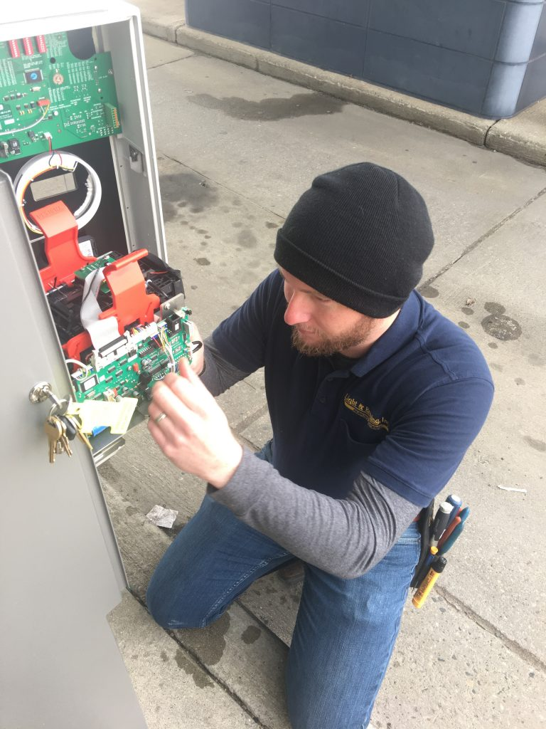Image of Service Tech