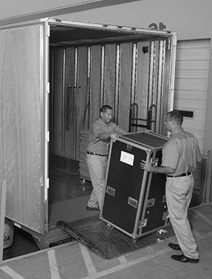 Trade-show-movers-orlando-florida Need to Move Your Trade Show Exhibit? Let 1st Class Moving and Storage Get You There! Orlando   Central Florida