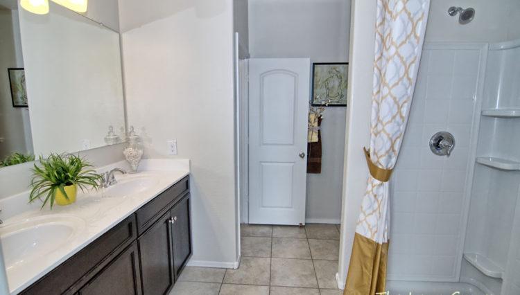 1712SF_Master Bathroom