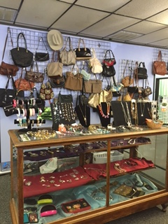 Austin Resale Accessories and jewelry