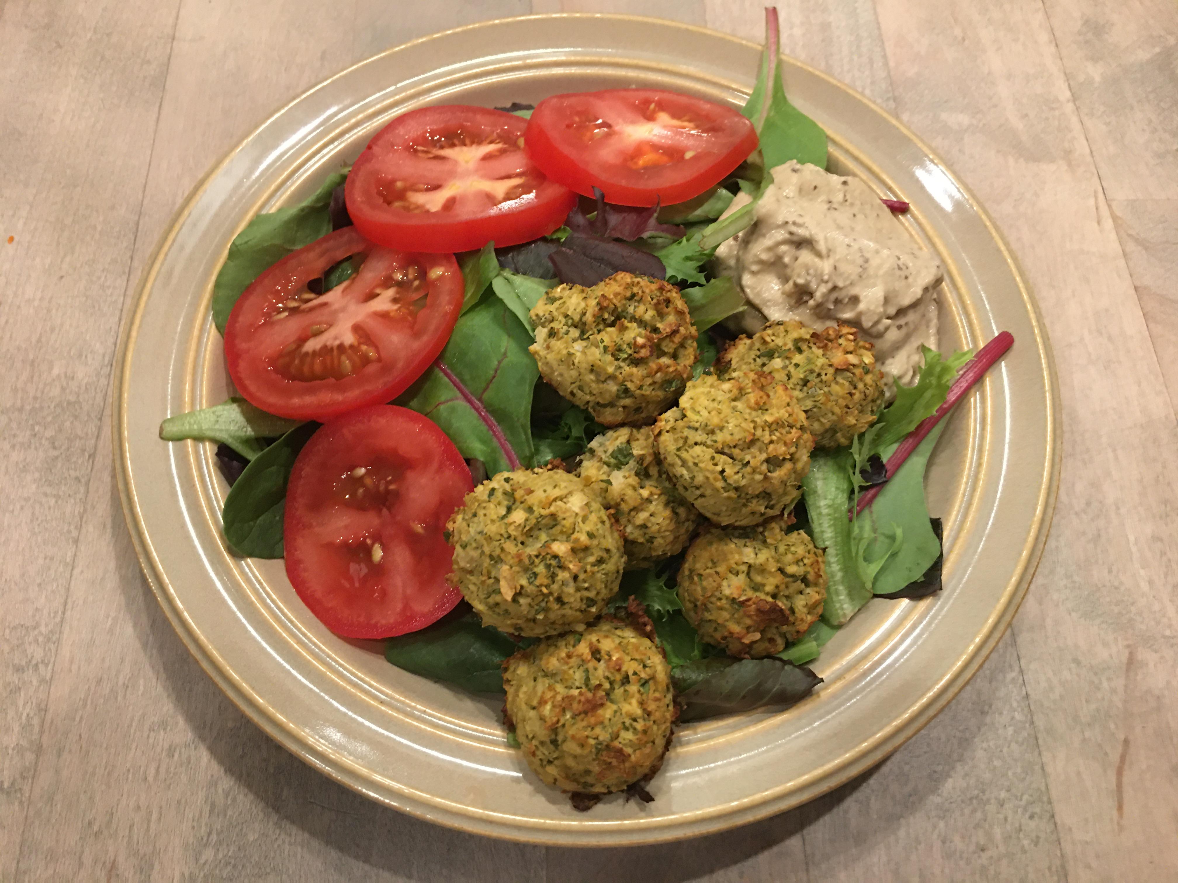 Falfel & Cilantro Hummus Salad