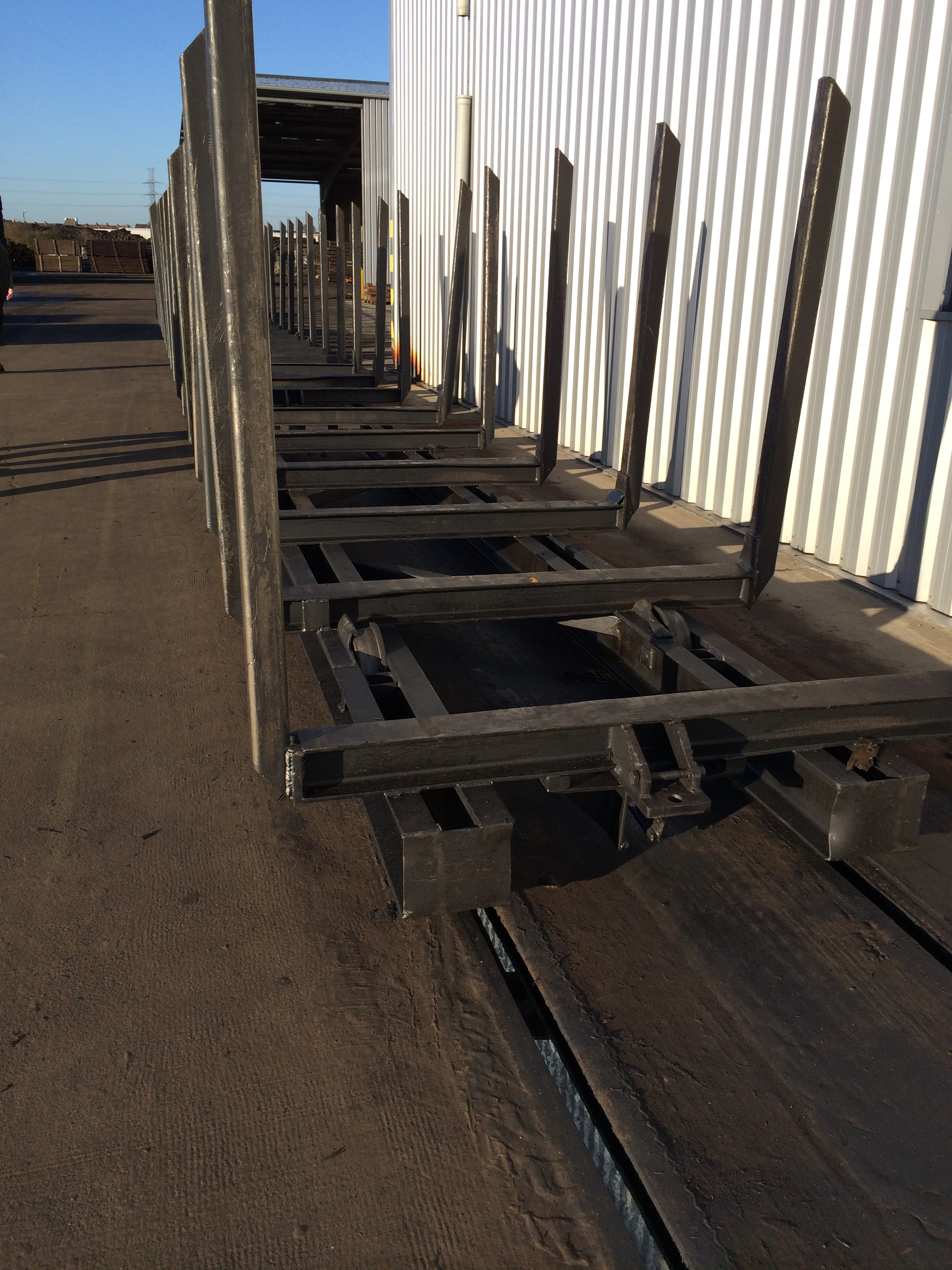 plant exit and trolleys (1)
