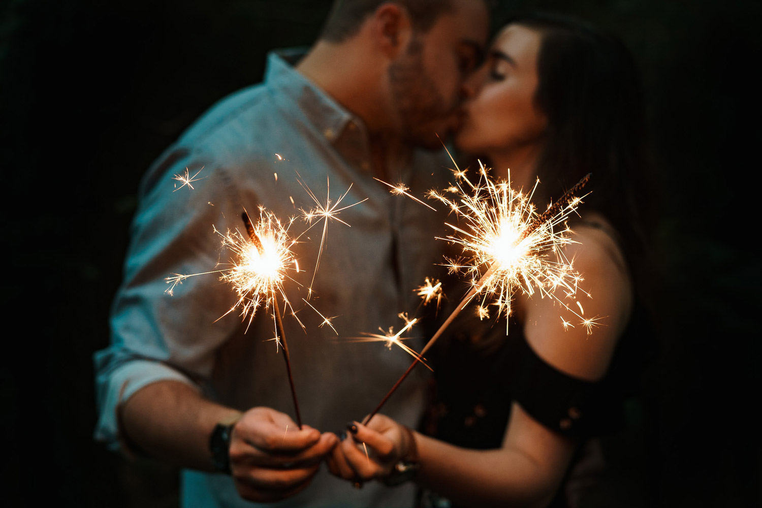 couple with sparklers relationship problems therapy