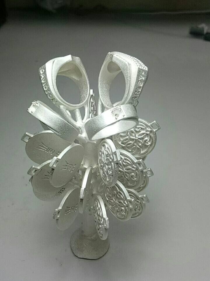 casting jewellery