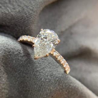 18k rose gold ring main