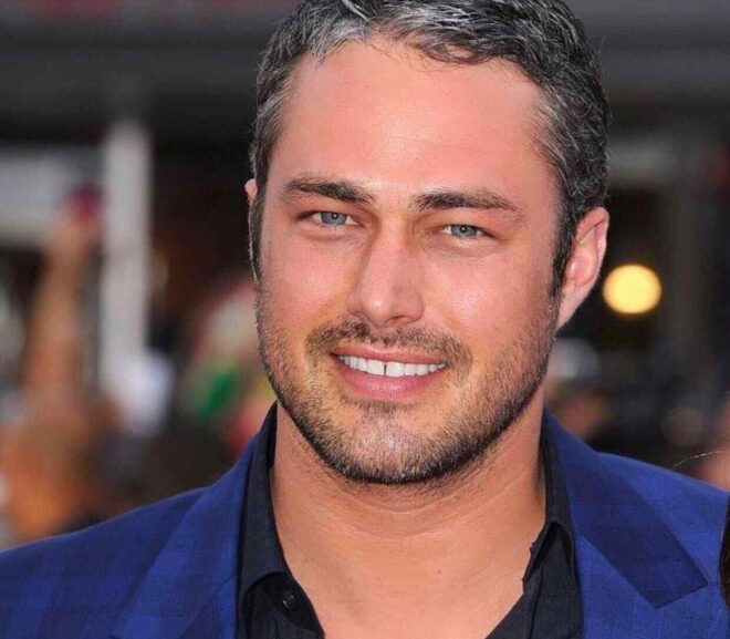 Taylor Kinney – Age, Wife, Height, Family, Bio, Net Worth & More