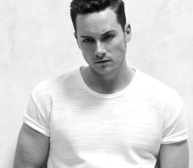 Jesse Lee Soffer – Age, Girlfriend, Height, Family, Bio, Net Worth & More