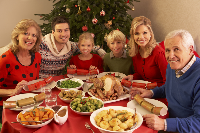 Weight maintenance during holidays can be difficult when you attend huge, traditional family dinners.