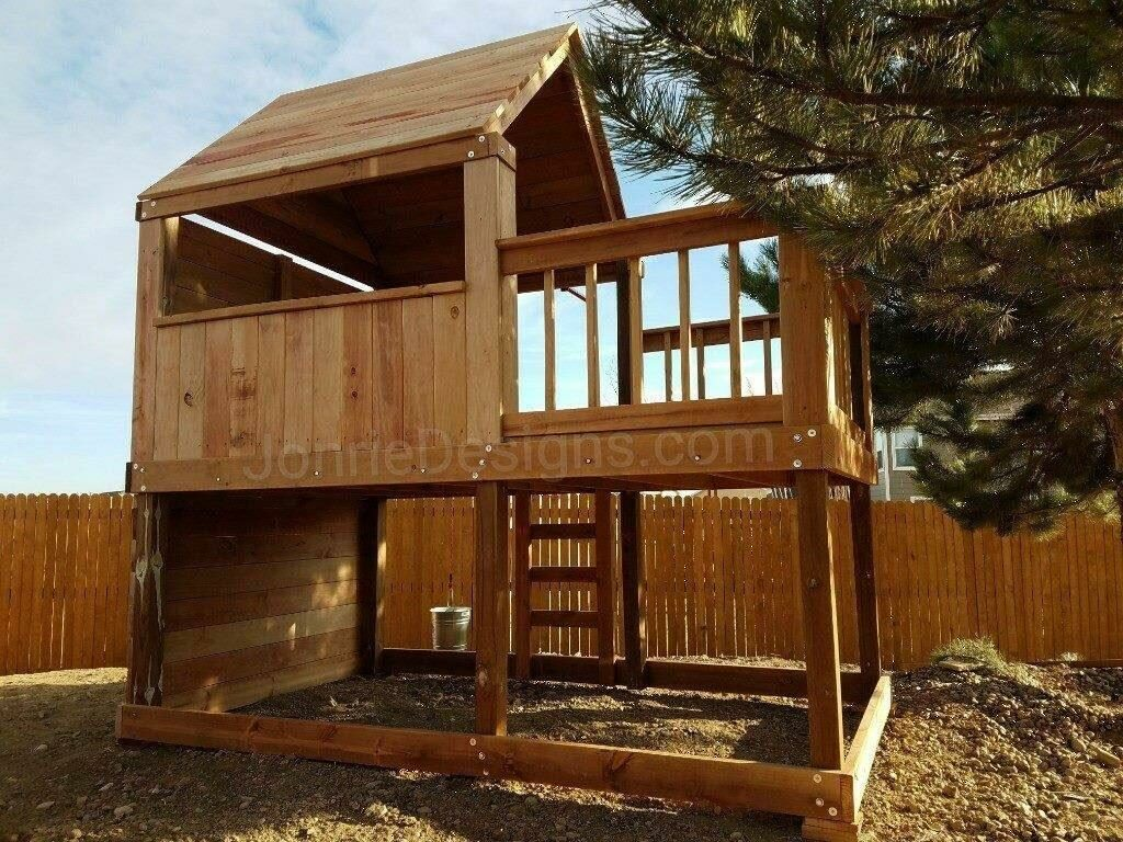 6'x6' Clubhouse with wooden roof, 4'x6' Uncovered porch with banister rails (6'x10' footprint), 5' deck height, 6'x10' Climbing wall, Ladder entry, Drop down bucket