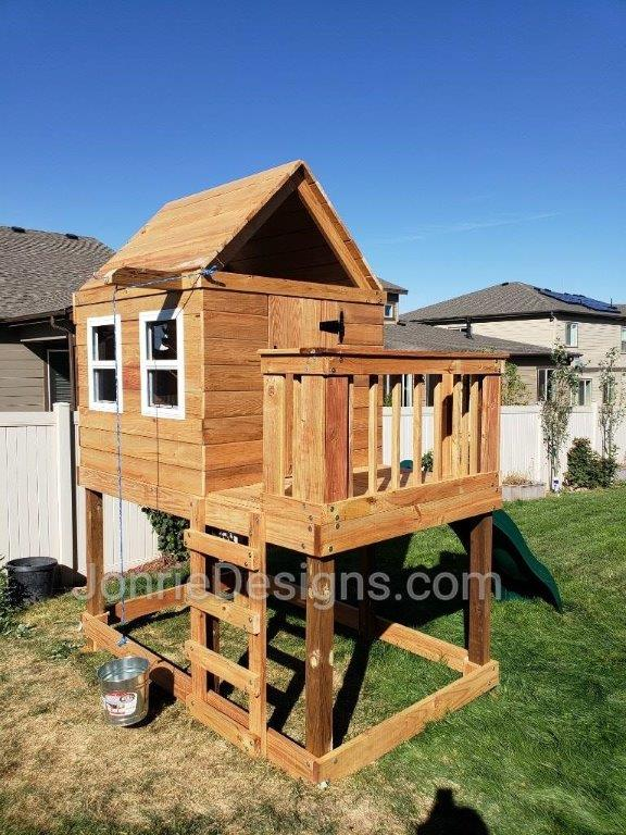 5'x5' Clubhouse with wooden roof, 4' Deck height with 3'x5' Uncovered porch, 5'x5' Enclosed top with 4 working windows & door, Ladder entry & 4' Upgraded slide.