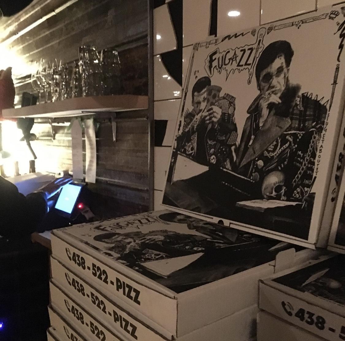 stikki fugazzi pizzeria montreal