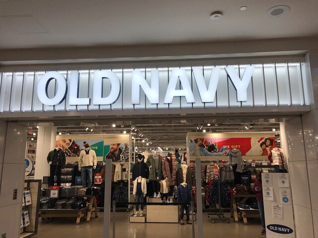 Shopping Made Simple: 5 Types of Effective Retail Signage 2