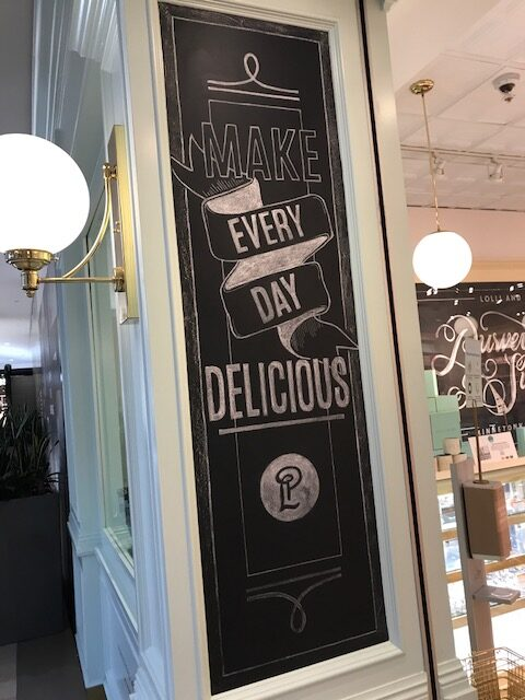 Shopping Made Simple: 5 Types of Effective Retail Signage 4