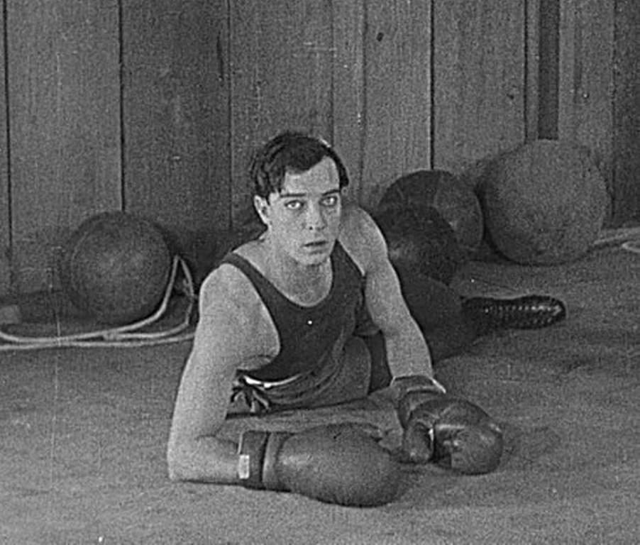 Buster Keaton in Battling Butler.