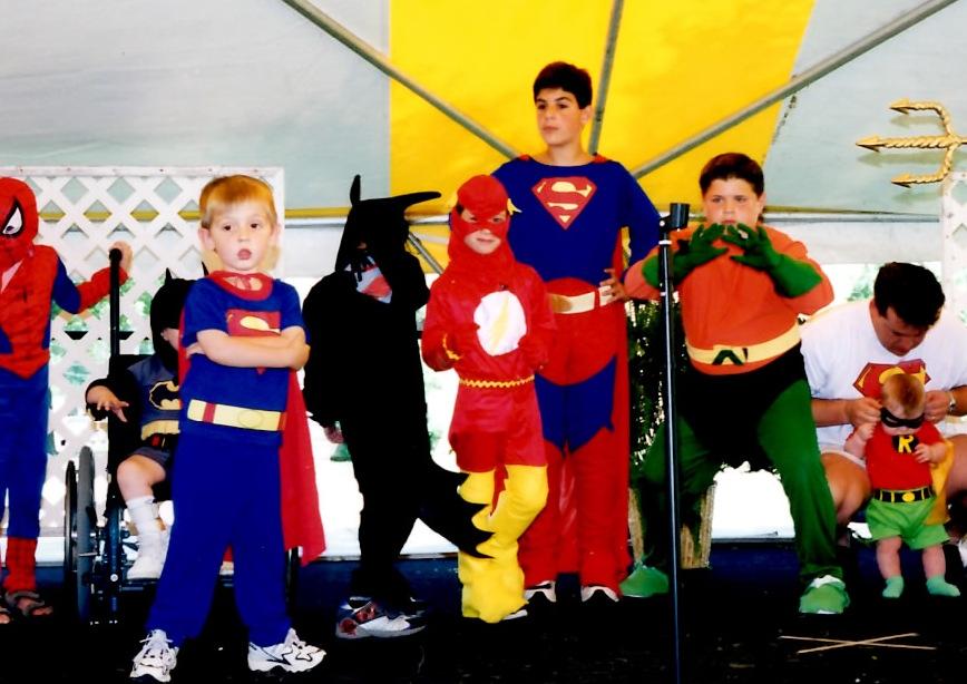 Annual costume contest