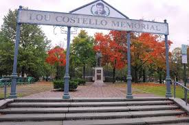 Statue of Lou Costello in Patterson, New Jersey.