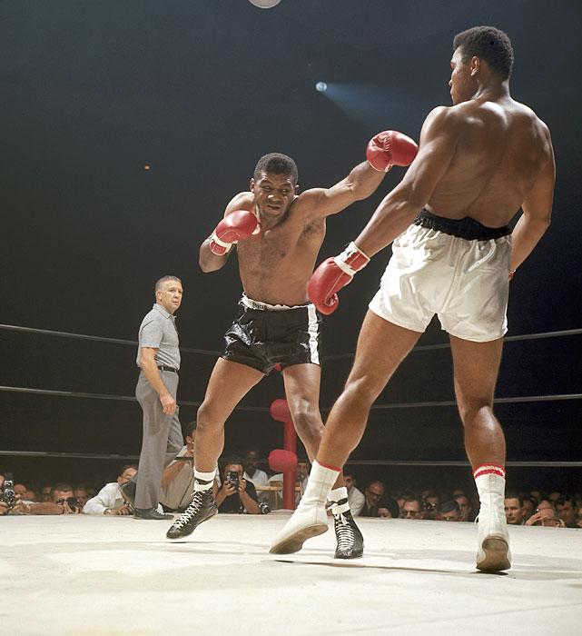 Ali vs. Patterson I action.