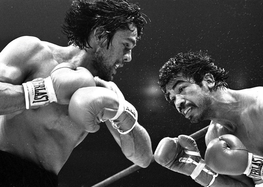 Roberto Duran (L) attacking former weleterweight champion Carlos Palomino (R) on June 22, 1979, in Madison Square Garden. Duran won by unanimous decision.