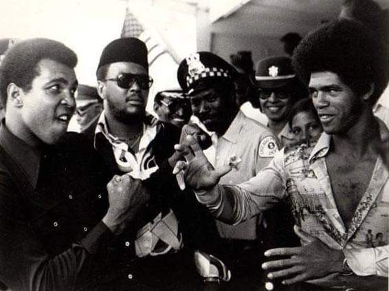 Muhammad Ali with Enter The Dragon actor and karate champion Jim Kelly in 1973.