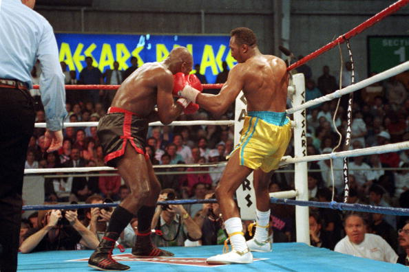 20 Mar 1992: Tommy Hearns makes a left hook during a fight against Iran Barkley at Caesars Palace in Las Vegas, Nevada. Mandatory Credit: Gary Newkirk /Allsport 9CLICK OHOTO TO VIEW VIDEO OF FIGHT)