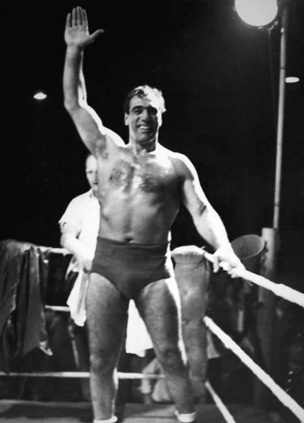 Primo wrestling