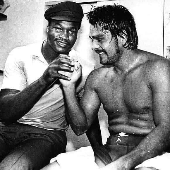 Larry Holmes congratulating Roberto Duran after his win over Carlos Palominio in Madison Square Garden in June 1979.