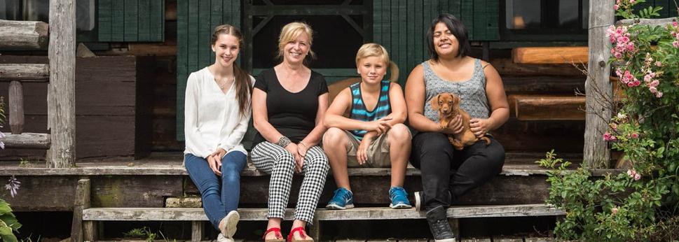 Famille Helen Koubek, Emily, Kamil & John