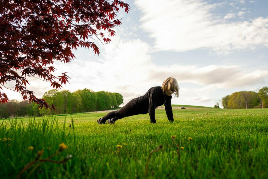 """Kristen Orr """"joyercising"""" at Fort Hill Farms"""