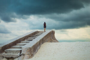 What are the alternatives to 12 step programs in addiction recovery?