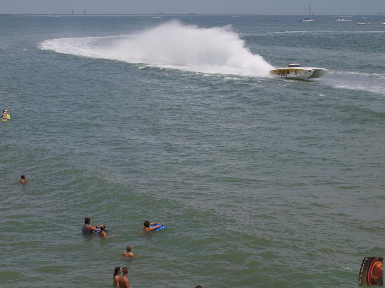 Thunder on the Beach 2010b