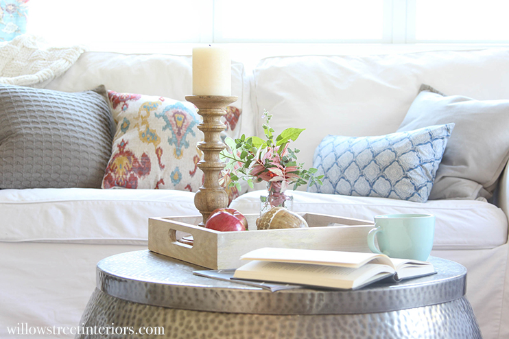 fall coffee table styling
