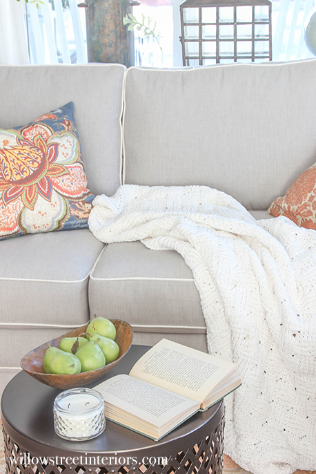 small coffee table styling idea