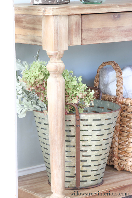 console table styling idea