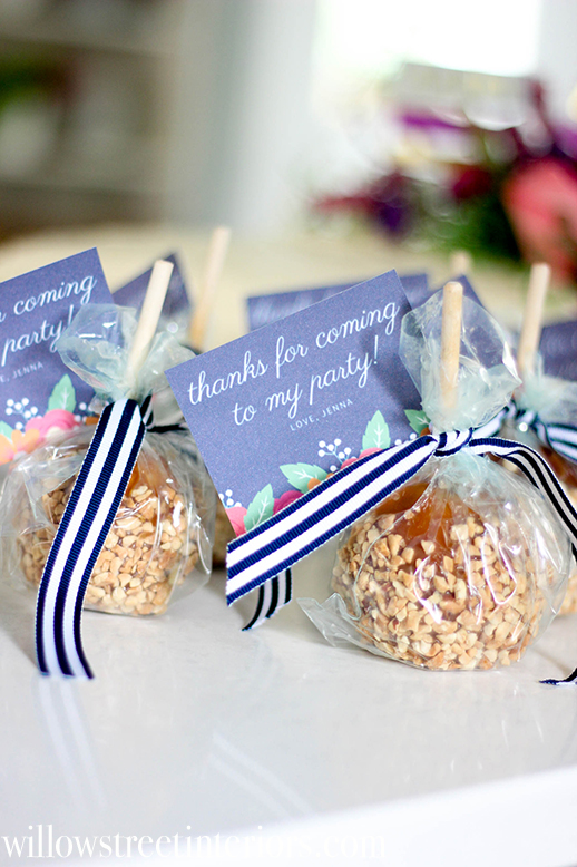 candy apple party favor idea for fall themed birthday