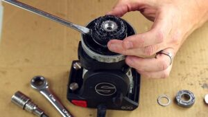 How to Repair the Pan Drag / Sachtler Ace Tripod
