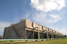 large field erected cooling tower - cooling tower experts