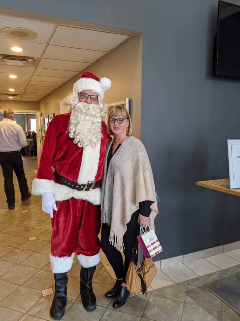 Santa Vern and Lorrain bringing holiday cheer