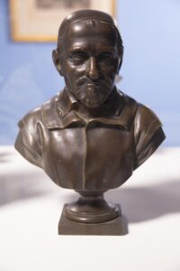 Cast bronze bust 10 x 7 x 4 1/2 in.