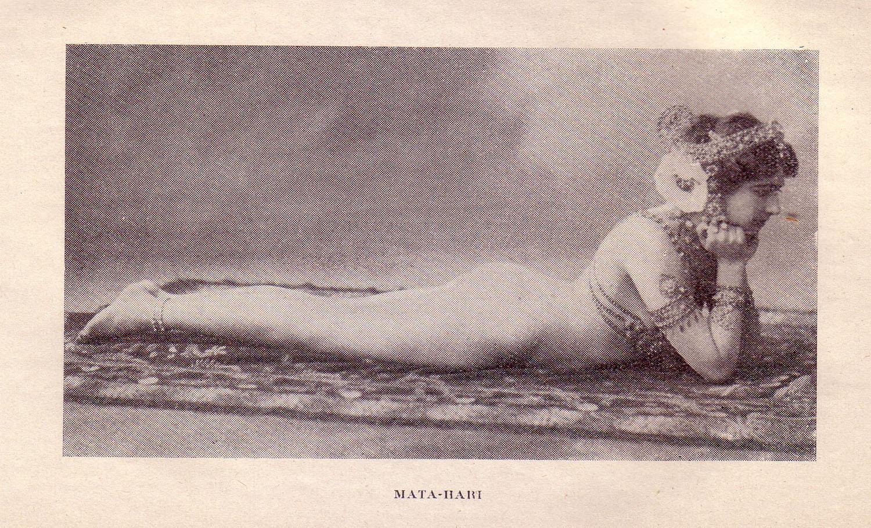 """Risque postcard of Mata Hari in costume. Source: """"Souvenirs D'un Médecin des Prisons de Paris (Grasset, 1925)"""