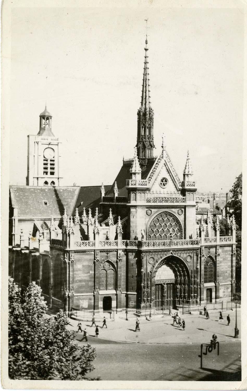 The façade of Saint-Laurent