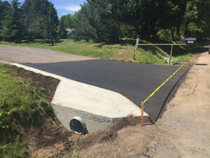 peterson-excavating-and-landscaping-duluth-minnesota-culvert-installation