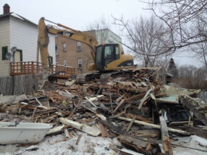 peterson-excavating-and-landscaping-duluth-minnesota-demolition-project-1