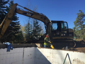 peterson-excavating-and-landscaping-duluth-minnesota-foundation-backfill