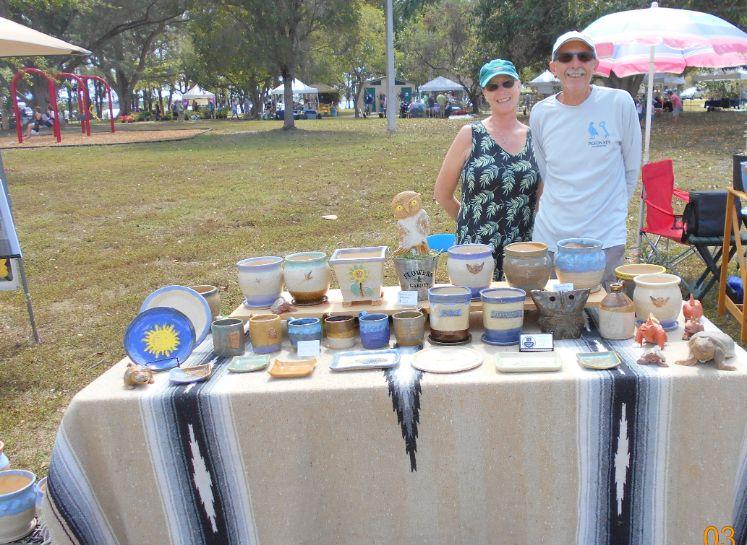Ceramic Pot and Plate Vendor