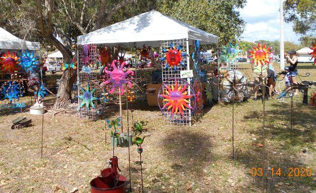 Metal Garden Art Vendor