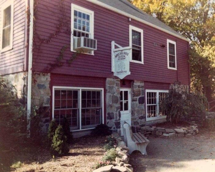 The Apple Doll Tea House building