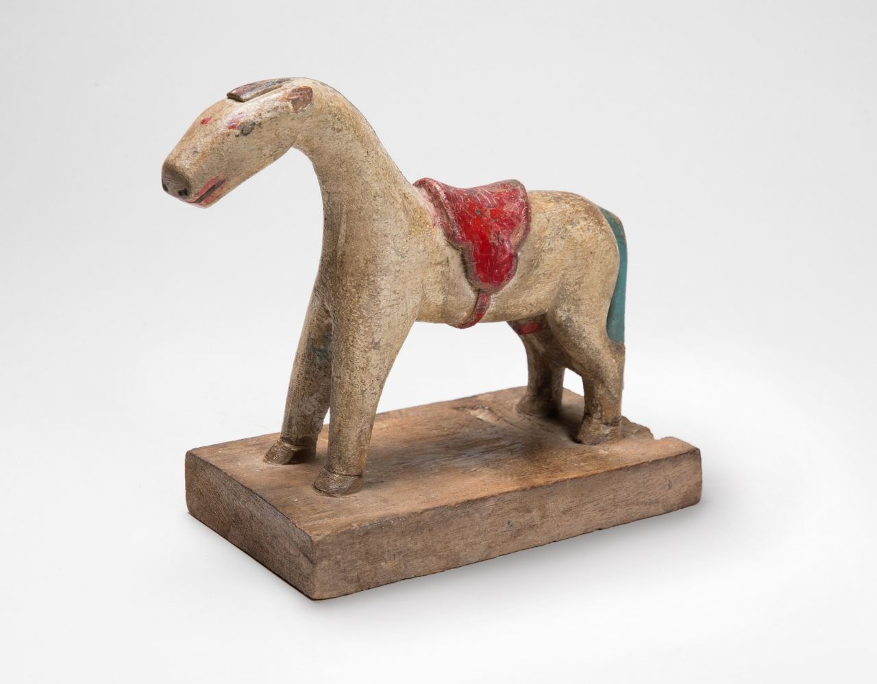 Primitive Folk Art piece - Small wooden folk art horse from N. Thailand - Early 1900's