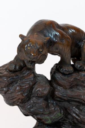 Japan Iron Tiger-On-Mountain Sculpture Shelf-Top