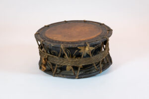 Japan Japanese 'Shime-Daiko' Temple Drum Shelf-Top
