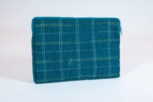 "15"" Laptop Cover of Vintage Kimono Fabric"